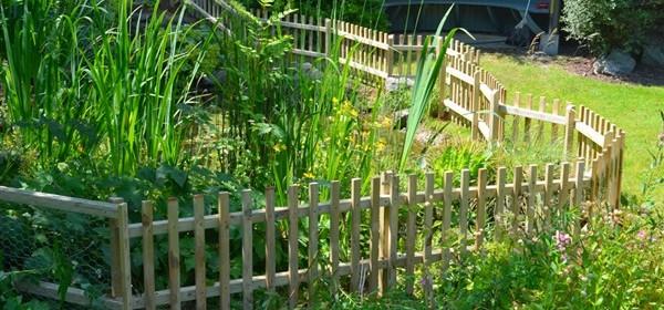 Palisade Fencing (Picket fence)